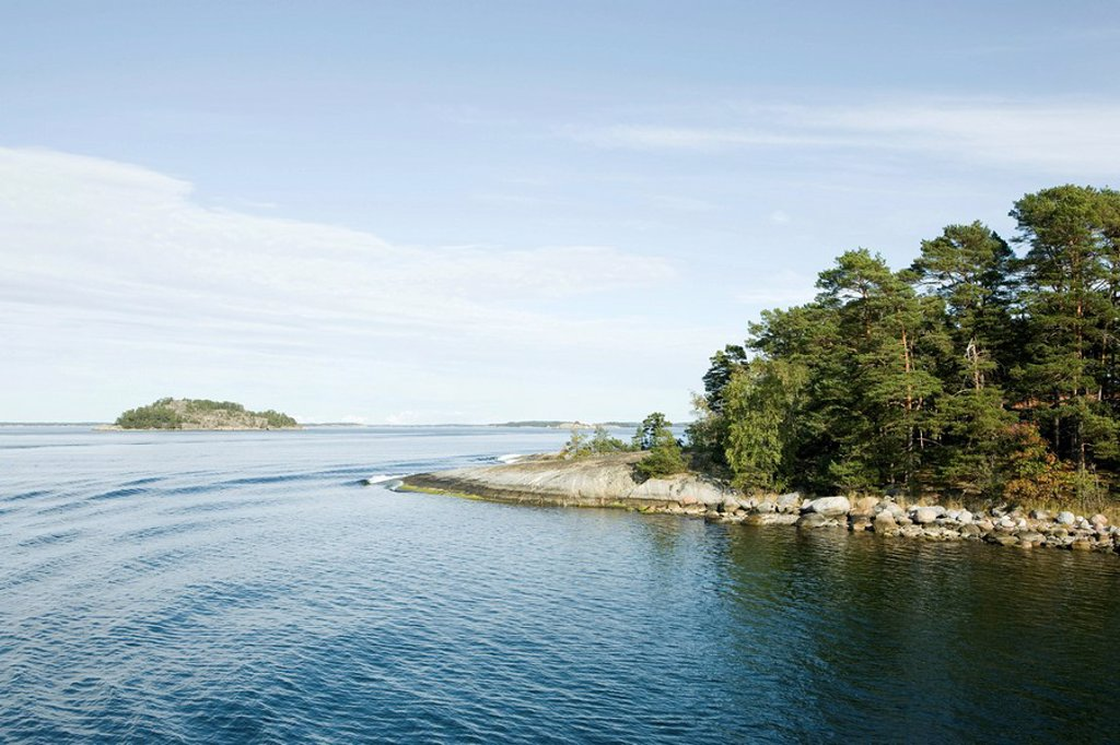 Stock Photo: 1747R-15825 Seascape with forested islands