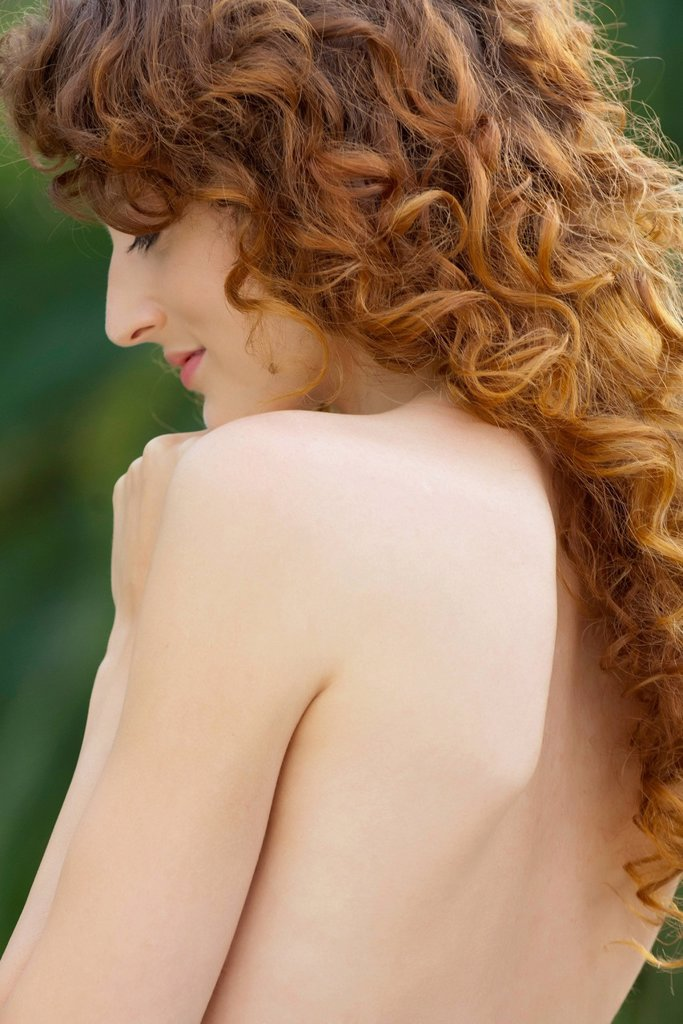 Nude young woman : Stock Photo