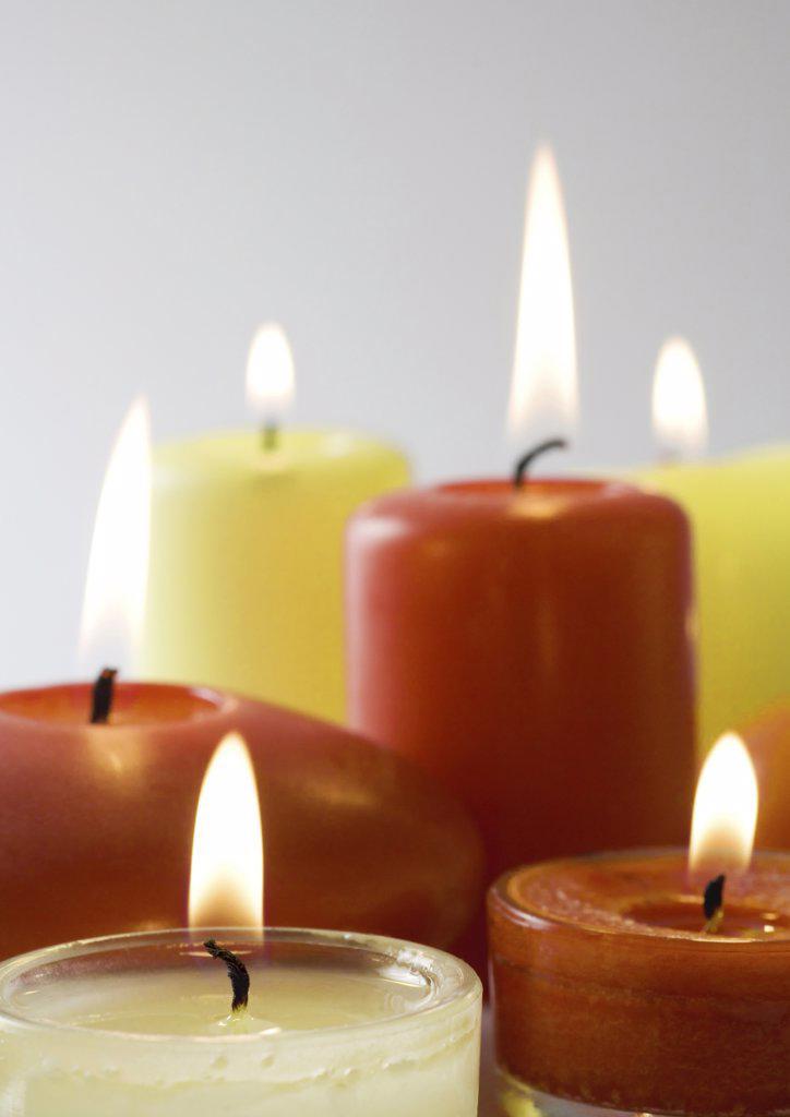 Stock Photo: 1747R-2641 Candles burning