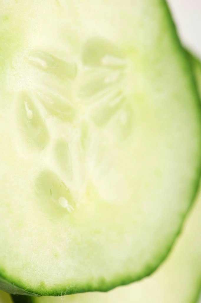 Cucumber slice, extreme close-up : Stock Photo