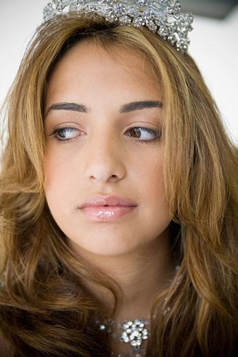 Stock Photo: 1757R-3413 Teenage girl wearing tiara