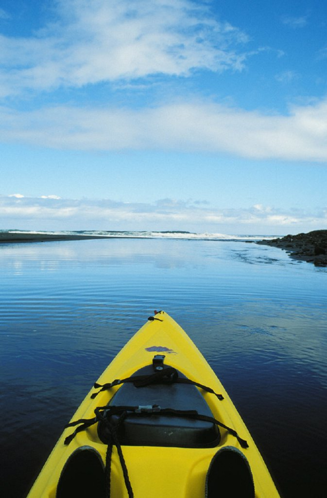Hawaii, Big Island, Waipio Valley, Kayaking downstream : Stock Photo