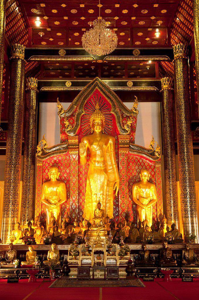 Stock Photo: 1760-14476 Thailand, Chiang Mai, Buddha statues in Wat Chedi Luang Wora Wihan Buddhist temple.