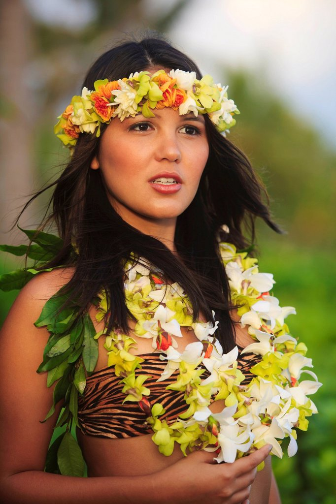 Hawaii, Oahu, Portrait of female Hawaiian hula dancer. : Stock Photo