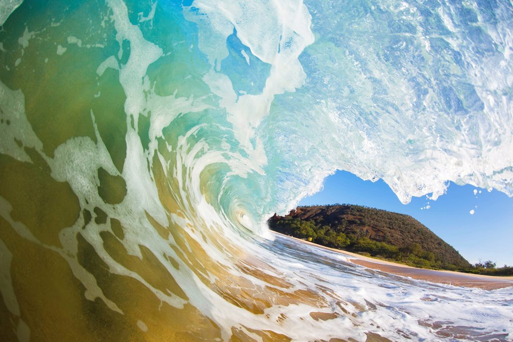 Hawaii, Maui, Makena Beach, Beautiful wave breaking along shore. : Stock Photo