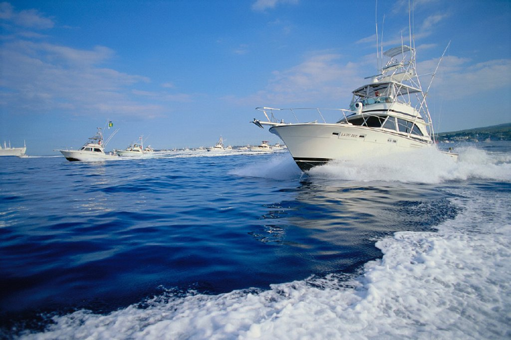 BigIsle, Kona, Many boats at start for Hawaiian Int´l Billfish Tournament, C1380 side vu : Stock Photo