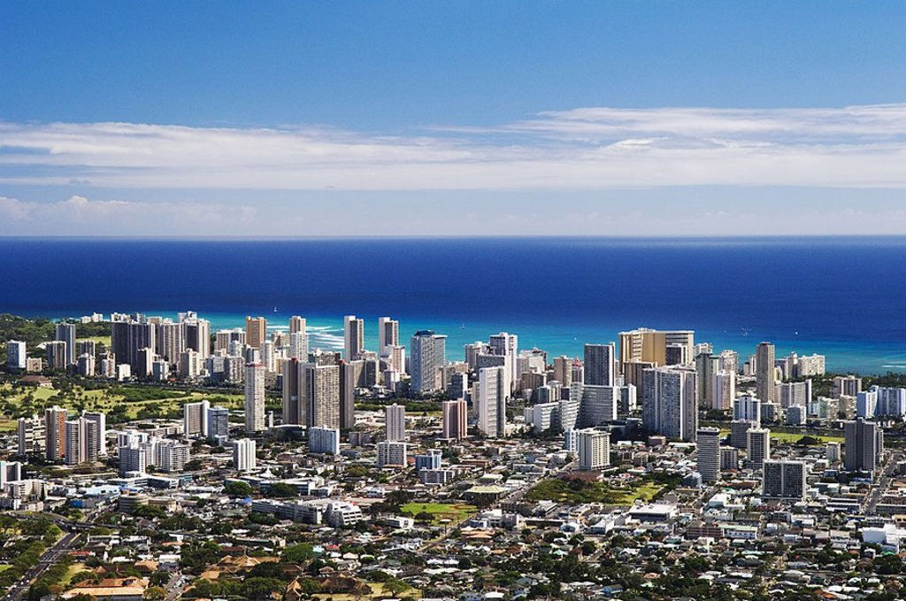 Stock Photo: 1760-2636 Hawaii, Oahu, Honolulu, Waikiki seen from the lookout at Pu´u Ualaokua Park