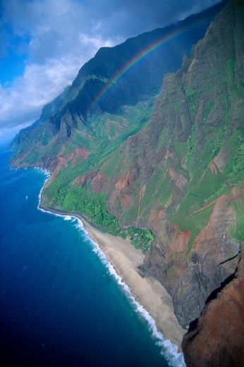 Hawaii, Kauai, NaPali Coast with rainbow B1536 : Stock Photo