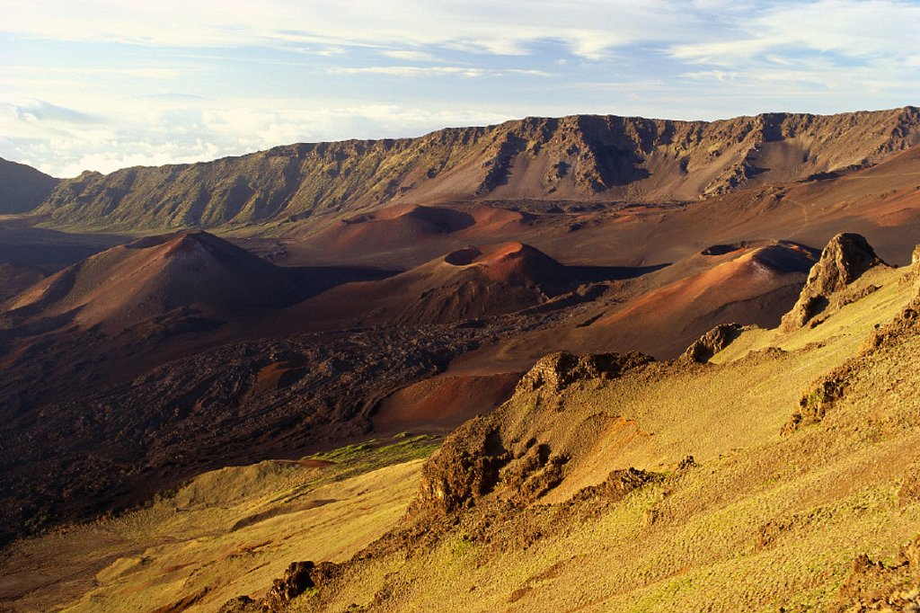 Hawaii, Maui, Cinder cones, crater floor, Haleakala National Park B1569 : Stock Photo