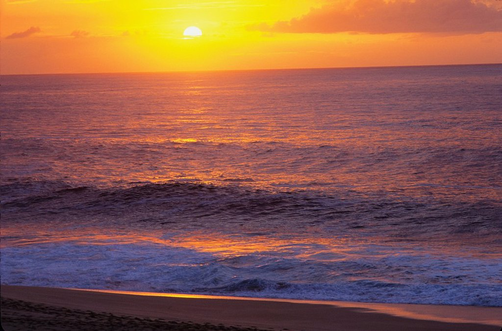 Hawaii, Sunset at the beach : Stock Photo