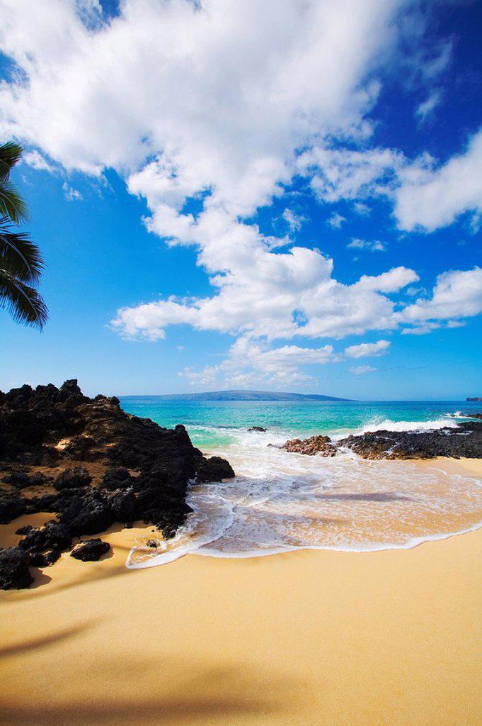 Hawaii, Maui, Makena, Maui Wai or Secret Beach. : Stock Photo