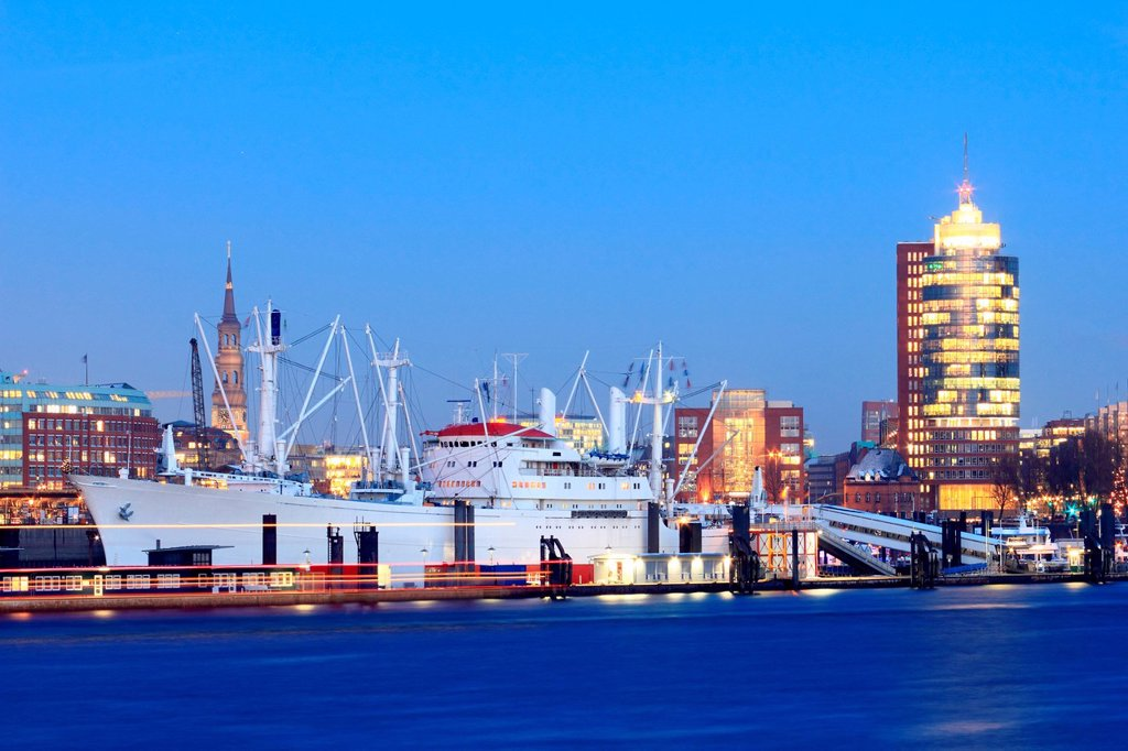 Stock Photo: 1773-184004 Urban harbor lit up at night