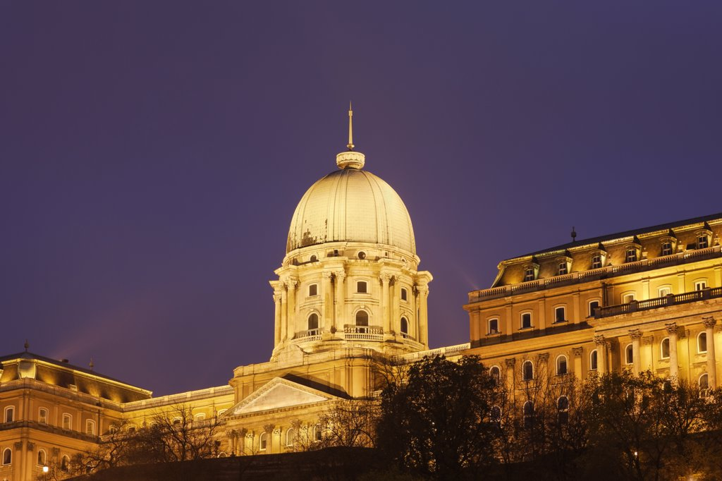 Buda Castle sits on the site of the first royal residence from the 13th century on the Castle Hill : Stock Photo
