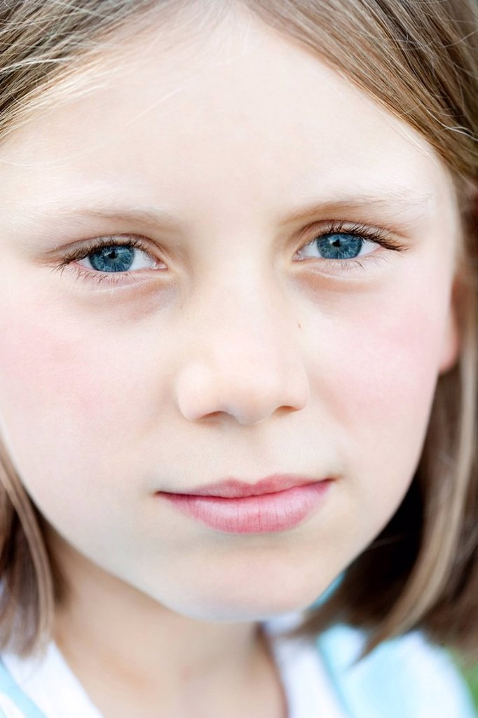Stock Photo: 1773R-112758 Young Girl Looking Sad