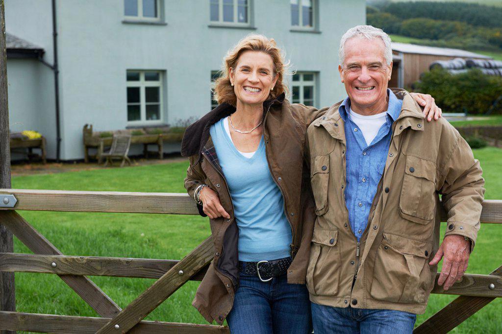 Stock Photo: 1773R-132721 Seniors together on farm