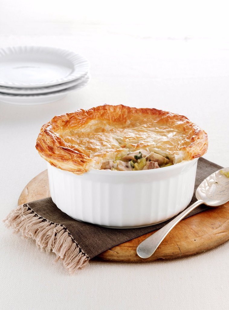 Dish of baked chicken pie : Stock Photo