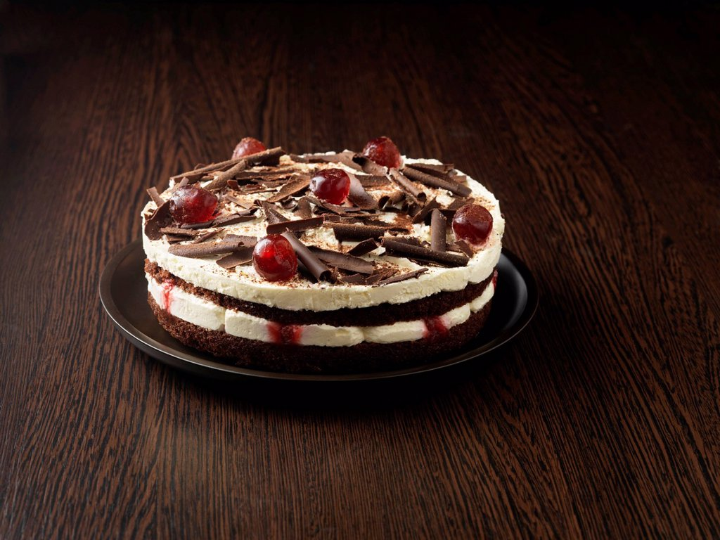 Stock Photo: 1773R-170046 Plate of forest gateau cake