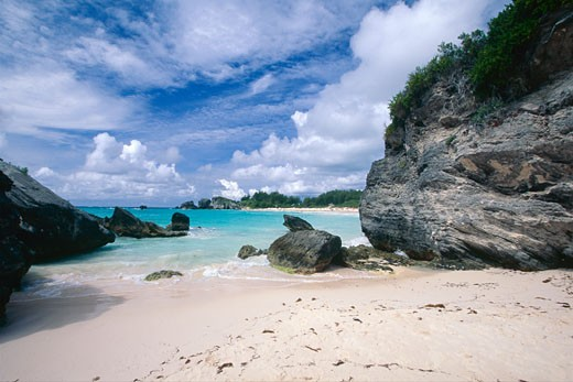 Stock Photo: 1774-256 Rocky Cove in Horsheshoe Bay, Bermuda