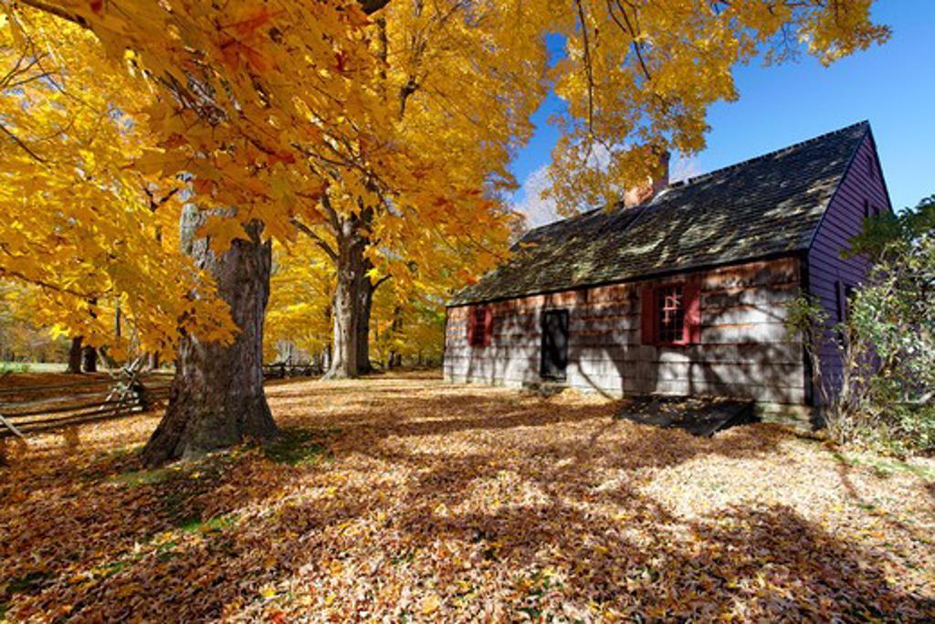 Stock Photo: 1774-368 USA, New Jersey, Jockey Hollow State Park, View of Historic Wick Farmhouse