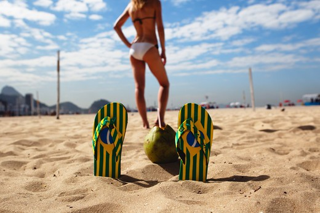 Brazil, Rio de Janeiro, Copacabana Beach, Beach scene : Stock Photo