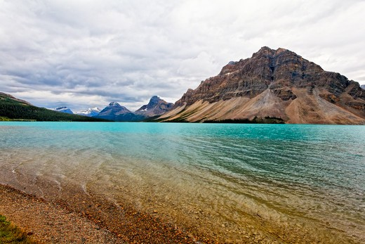 Stock Photo: 1774-699 Canada, Alberta, Rocky Mountains, Bow Lake