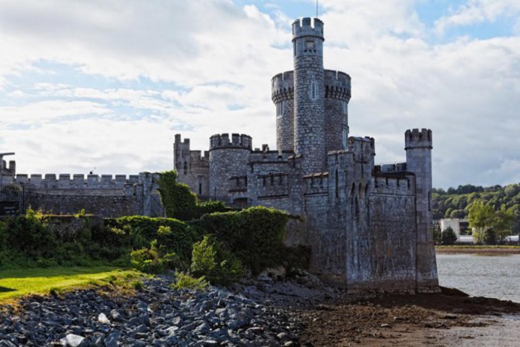 Stock Photo: 1774-718 Ireland, Cork, Blackrock Castle on riverbank of River Lee