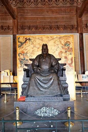 Stock Photo: 1774-730 China, Beijing, Changping District, Emperor Yongle's Statue in Ming Tombs
