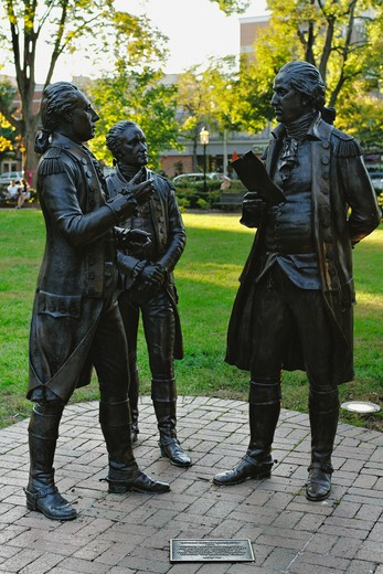Stock Photo: 1774-788 USA, New Jersey, Colonel Alexander Hamilton and Marquis De Lafayette on Morristown Green, Sculpture of General George Washington