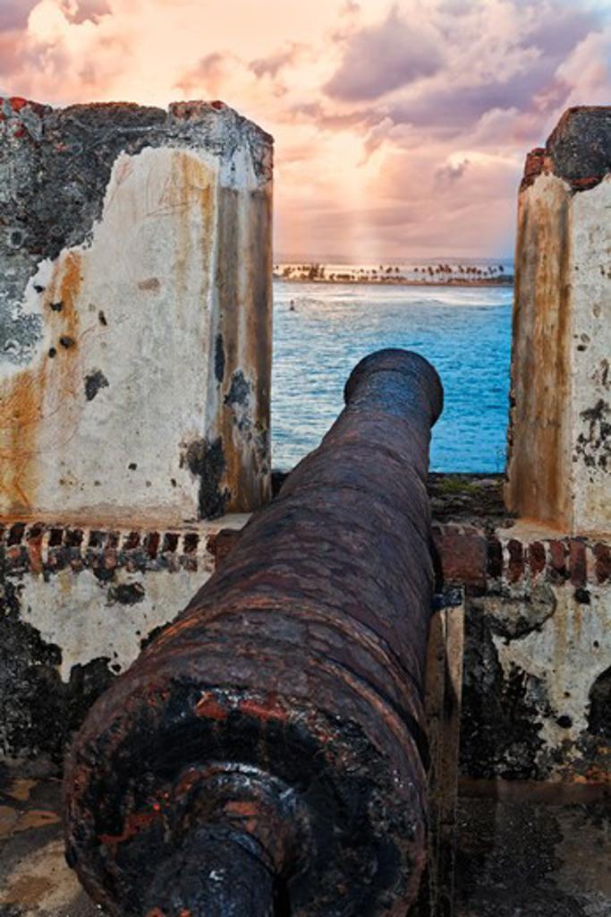 Stock Photo: 1774-797 Puerto rico, Old Cannon Overlooking San Juan Bay