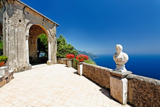 Stock Photo: 1774-834 Italy, Campania, Ravello, Terrace at Villa Cimbrone
