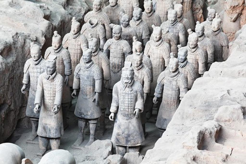 China, Xi'an, Terracota soldiers at Qin Shi Huang's Tomb : Stock Photo