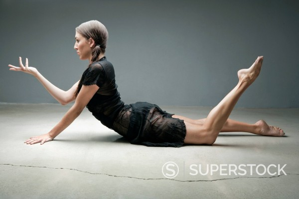Stock Photo: 1775R-29617 Dancer posing on floor