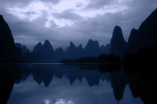 Stock Photo: 1779R-16934 View of Li River with Guilin Karst Limestone mountains