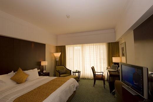 Stock Photo: 1779R-16966 Empty hotel room