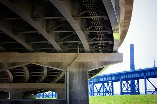 Low angle view of highway overpass : Stock Photo