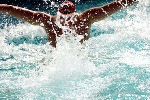Stock Photo: 1779R-25744 Close up of man swimming