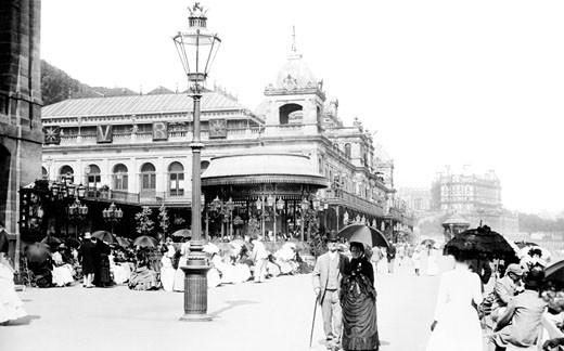 Scarborough, the Spa Promenade 1890 : Stock Photo