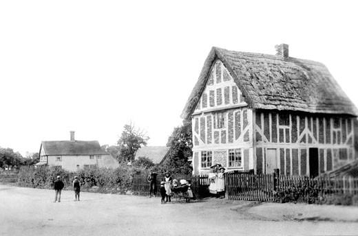 Totternhoe, the Village 1897 : Stock Photo