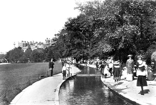 Bournemouth, the Gardens 1904 : Stock Photo