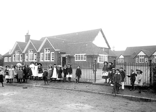 Chertsey, School 1908 : Stock Photo