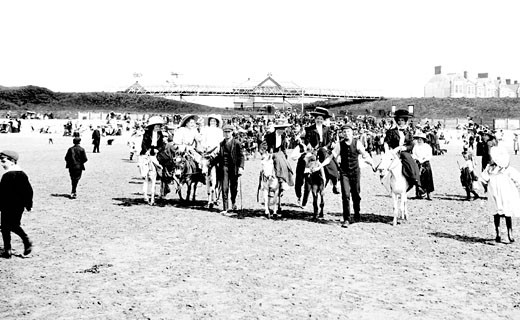 Barry Island, Sands 1910 : Stock Photo