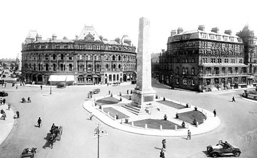 Harrogate, War Memorial 1924 : Stock Photo