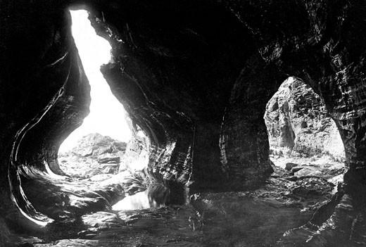 Boscastle, Pentargen Caves 1895 : Stock Photo