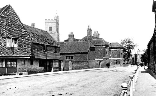 Sevenoaks, High Street and Church 1900 : Stock Photo