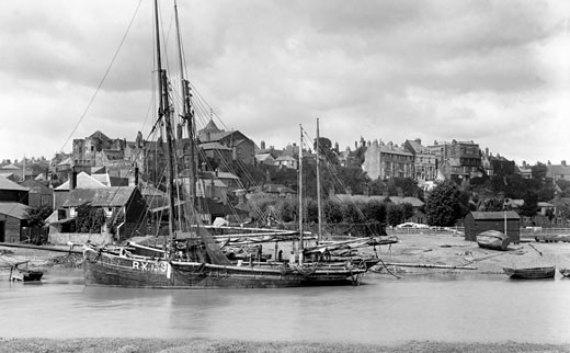 Rye, River Rother 1901 : Stock Photo