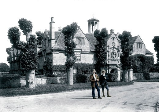 Corsham, Almshouses 1906 : Stock Photo