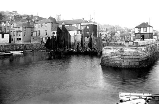Falmouth, the Quay 1908 : Stock Photo