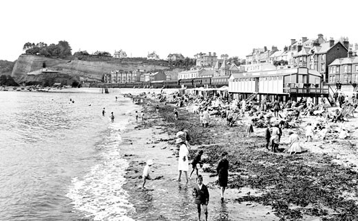 Dawlish, the Beach 1922 : Stock Photo