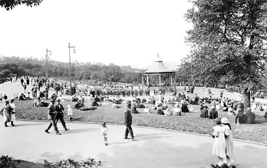 Bradford, Lister Park Bandstand 1923 : Stock Photo