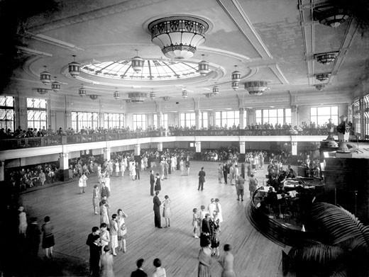 Bridlington, Royal Hall interior 1927 : Stock Photo